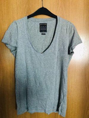Review Camiseta gris