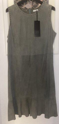 Riani Vestido de cuero verde grisáceo