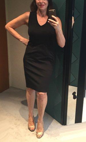 Riani Ołówkowa sukienka czarny Poliester