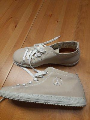 Rieker sehr schöne Sneaker sehr gut erhalten.