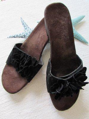 Rieker * Süße Holz Pantolette Clogs Nubukleder-Blüten * schwarz * 40 NEU