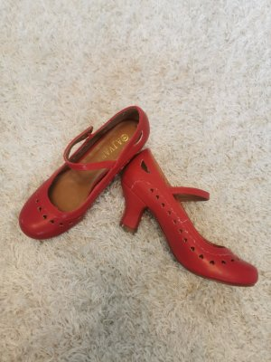 AJVANI Strapped pumps red