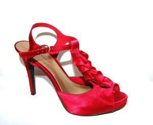 Sandales Salomé à talon haut rouge foncé synthétique