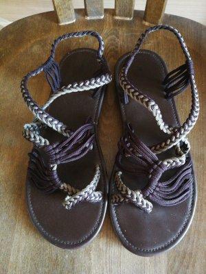 Sandalen met bandjes taupe-donkerbruin