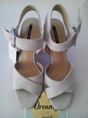 Riemchen-Sandalen aus echtem Leder, Größe 36 neu