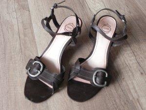 Riemchen-Sandalen mit Absatz