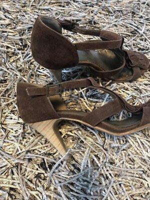 Riemchen-Sandalen mit Fransen