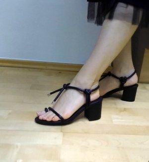 Riemchen Sandalen schwarz NEU