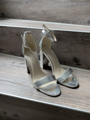 Glamorous Strapped pumps silver-colored