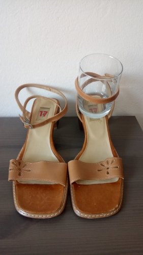 Riemchen Sandaletten Götz 17