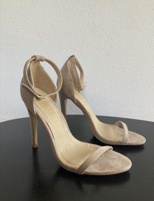 Riemchen-Sandaletten in nude