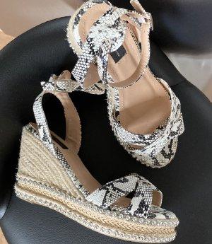 Riemchen Sandaletten Wedges Keilabsatz 38 Silber Nieten Snake Schwarz Weiß