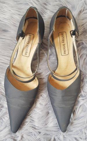 Ashley Brooke Pointed Toe Pumps grey