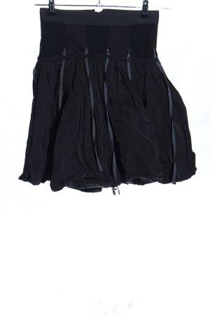 Rimini Falda globo negro look casual