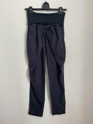 Rinascimento Pantalone a 7/8 blu scuro