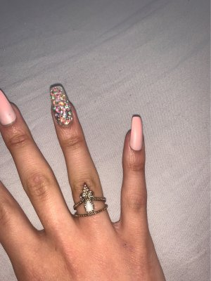 Gold Ring natural white