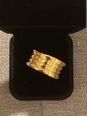 Ring aus Edel*stahl Goldfarbe Neu mit Verpackung Größe 21mm