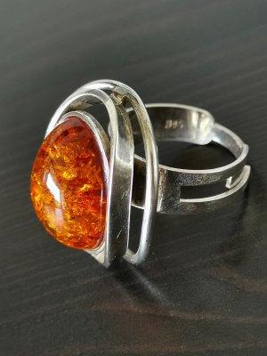 Ring Bernstein