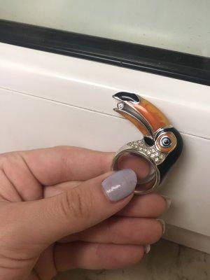 Ring (Ein Kunstwerk aus der Vogelweld)