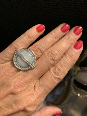 Ring *Leyla*