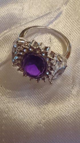 Ring mit lila Stein und Strassteine Gr.19