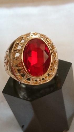 Ring mit rotem Stein Gr.20 filligran Vergoldet