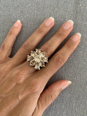 Zdobiony pierścionek złoto-srebrny