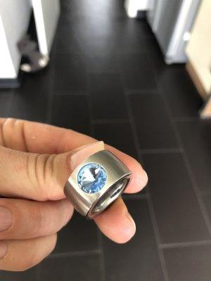 Ring, NEU