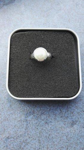 Tchibo / TCM Srebrny pierścionek srebrny-w kolorze białej wełny