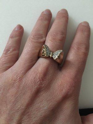 Ring Schmetterling