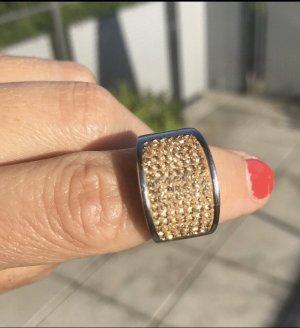 Ring von Luna