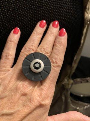 Ring **Wheelz*