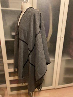 Rino & Pelle Knitted Poncho grey-black