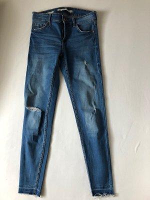 Ripped Jeans von Bershka