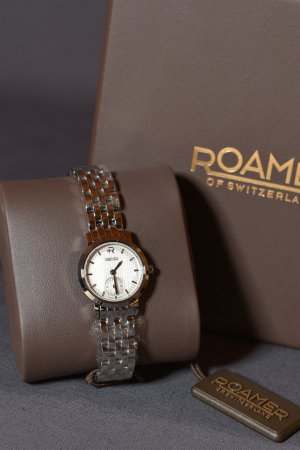 Watch With Metal Strap silver-colored stainless steel