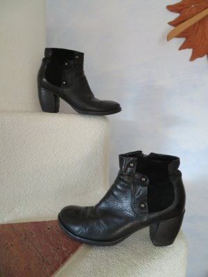 O.X.S Botines estilo vaquero negro Cuero