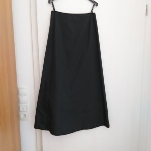 Swing Taffeta Skirt black