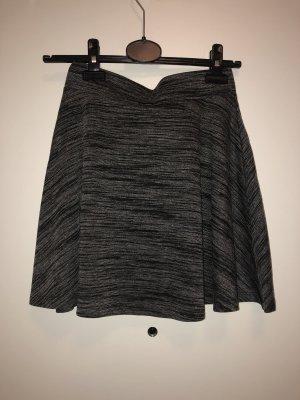 Volanten rok zwart-grijs