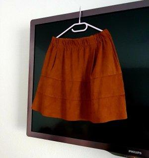 Vero Moda Falda de cuero de imitación marrón arena