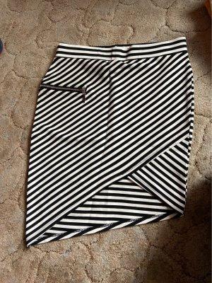 Kanten rok wit-zwart