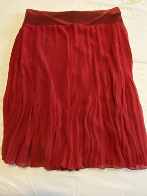 H&M Falda plisada rojo oscuro