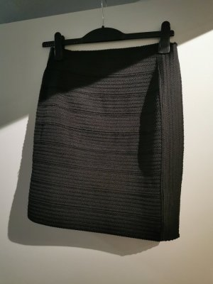 H&M Falda stretch negro