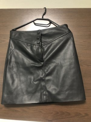H&M Falda de cuero negro