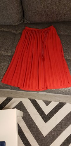 Esmara Pleated Skirt bright red