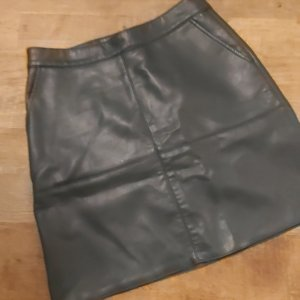 Jean Pascale Faux Leather Skirt forest green