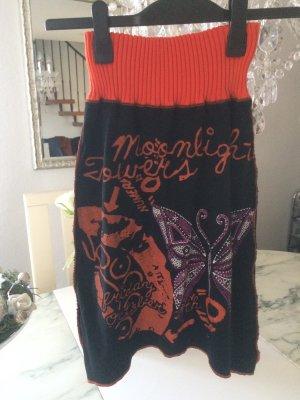 Gonna lavorata a maglia nero-arancione