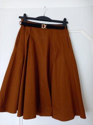Zara Basic Jupe à plis cognac