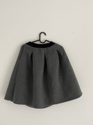 yfl RESERVED Falda de talle alto gris oscuro-negro