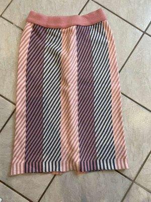Jupe tricotée rosé