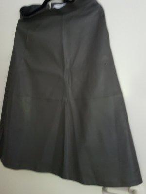 Mango Basics Falda de cuero gris